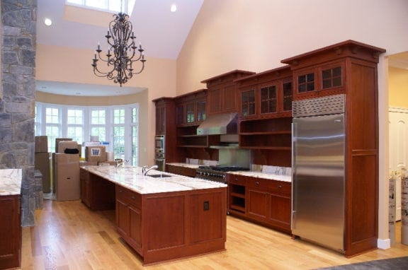 Traditional Stained Kitchen