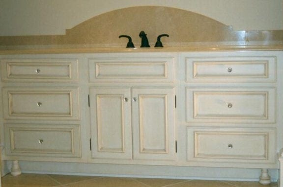 Vanities Traditional Painted